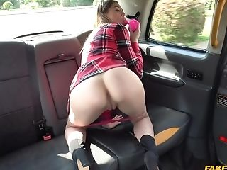 Chick Leans Down, Opens Booty And Waits For A Deep Ass Fucking Fuck