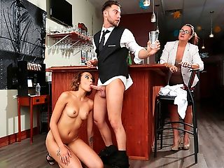 Sneaky Orgy – Raw Bar