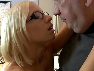 Old Man Fucks Teenager Physician Twat She Guzzles Jizz Too