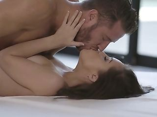 Romantic Morning With Alina Lopez Starts With A Fantastic Oral Petting
