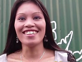 Married Stud Picks Up Ultra-kinky Filipina Chick And Fucks Her Yummy Snatch