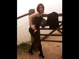 Emmaleetv002 - Tranny Flashing In The Fog Wearing Stockings