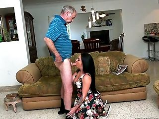 Black-haired Seductress Aria Rose Inhales Exceptionally Old Dick