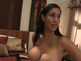 Isis Love Likes It When Her Tits Bounce While She Rails A Prick