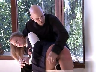 Perverted Bailey Brooke Gets Her Delicious Coochie Fingerblasted By A Neighbor