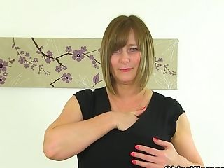 Uk Cougar April's Finger Can Hardly Come In Her Taut Vulva