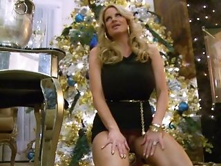Kelly Madison Is An Elegant Chick Longing To Be Penetrated