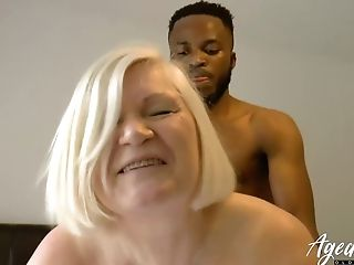 Lacey Starr Is Luving Ample Black Dick Inwards Her Matures Cootchie