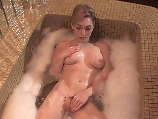 Breathtaking Honey With Nice Booty Being Smashed Gonzo In A Parody Porno