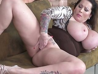 Tattooed Bosomy Nymphomaniac With Big Rack Laura Orsolya Wanna Fingerfuck Twat