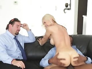 Black Stud Bangs Blonde Mummy In Front Of Her Obedient Hubby