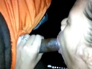 Filippina First-ever Time To Bj In Car, Her Third Bj Ever In Life