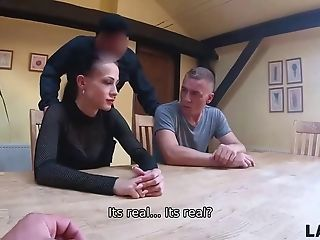 Patrol Arrests A Gorgeous Hooker Nicole Love And She Services Guards