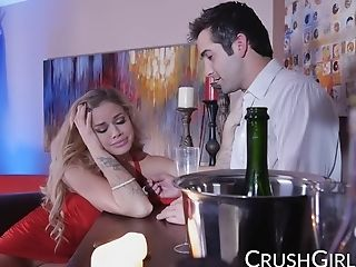 Buxom Blonde Porn Industry Star Jessa Rhodes Fucks The Bartender