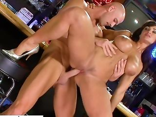 Legendary Porno Movie Featuring Orgy Bomb Lisa Ann And Johnny Sins