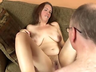 Natural And Unshaved Cougar Likes When Her Paramour Spunk On Her Puss