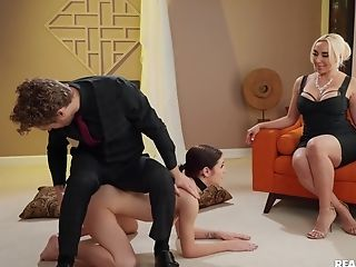 Voluptuous Woman Acts Master With The Petite Whore