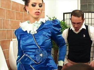 Lovely Jordan Verwest Rails A Lengthy Dong Until She Reaches An Orgasm
