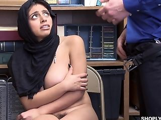 Security Guard Spoke Big-boobed Ella Knox Into Fucking With Him In The Office
