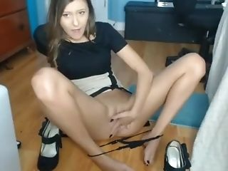 Gorgeous Teenage Fingerblasting, Munching And Displaying Off Her Sexy Toes