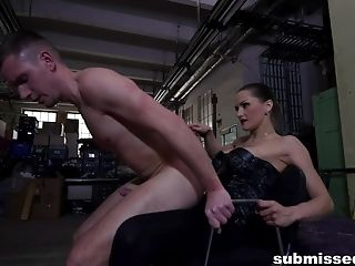 Rough Mouth And Arse-fucking Inbetween Master Barbara And A Boy Toy