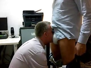 Advisor Sucking Chisel At The Office After Work With Facial Cumshot