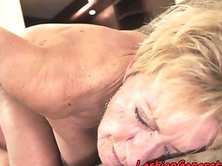 Bigtit Girly-girl Granny Gets Rimmed