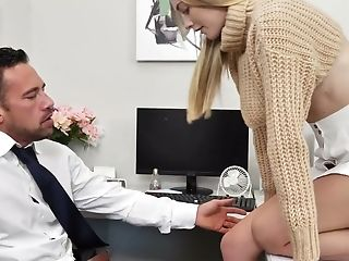 Obsessed With Fuck-a-thon Stunner Jenni Jordan Tempts Her Bf Workaholic