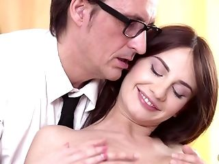 Teacher Is Blessed To See His Pretty Stunner And Fucks Hard