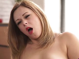 Obese Assistant Anna Joy Luvs Fucking Herself In The Office