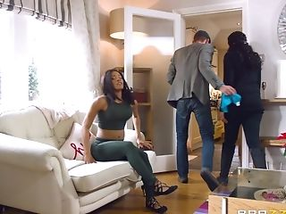Nice Rump Dark-hued Minaj Railing Dick In Interracial Pornography