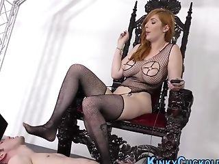 Cuckolding Cougar Booty Railing Big Black Cock