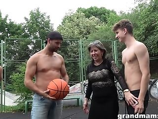 Matures Nymphomaniac Agatha Entices Three Guys On The Basketball Court