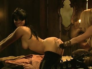 Blonde Pirate Hunter Has Amazing Fuck-a-thon With Comely Mistress