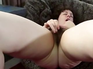 Tamar Sexy Hairy Jewish - Juive Poilue Aime Le Sexe