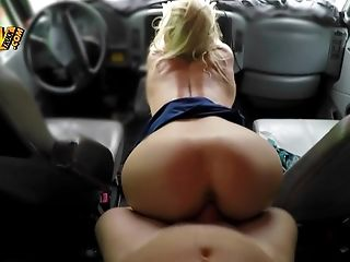 A Big Donk Bimbo Is In The Car Where She Is Receiving A Hard Dick