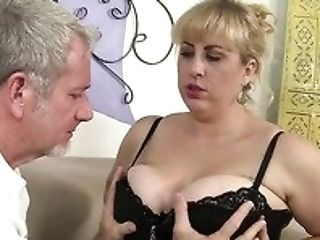 Shaven Meaty Cunt Of Ssbbw Blondie Amazon Darjeeling Gets Romped In Spoon Pose