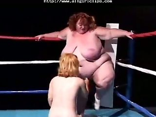 Big Funbags Bbw Grapples A Midget Stunner